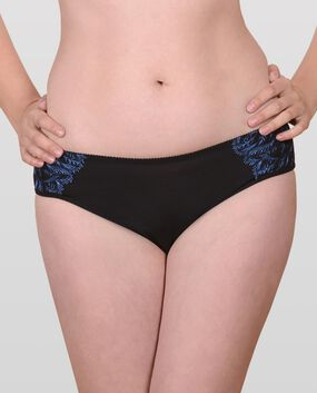 The Unforgettable Embroidered Panty Smoulder Black 1