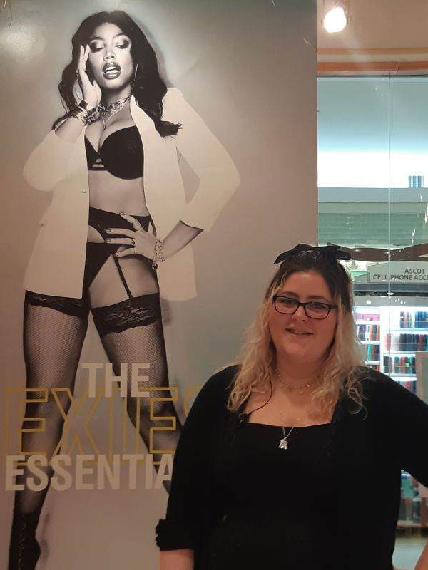 Picture of Meaghan, a La Senza store associate.