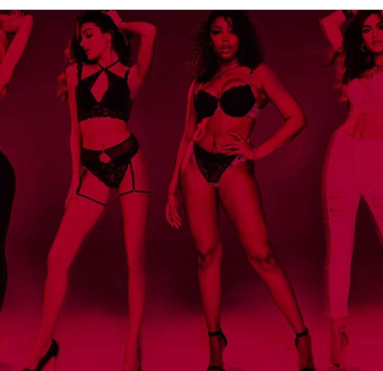 La Senza models wearing lingerie.